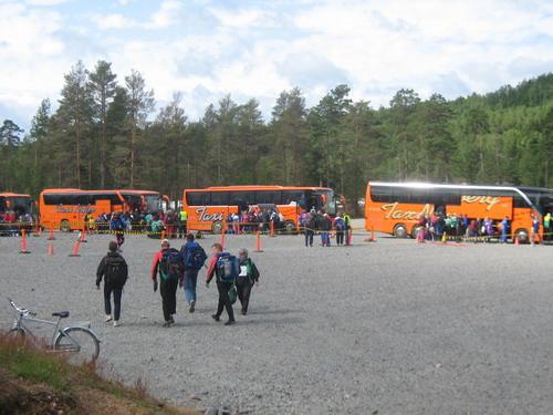 Автобусы-челноки до старта и обратно