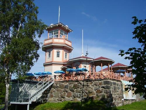 Замок-обсерватория-кафе